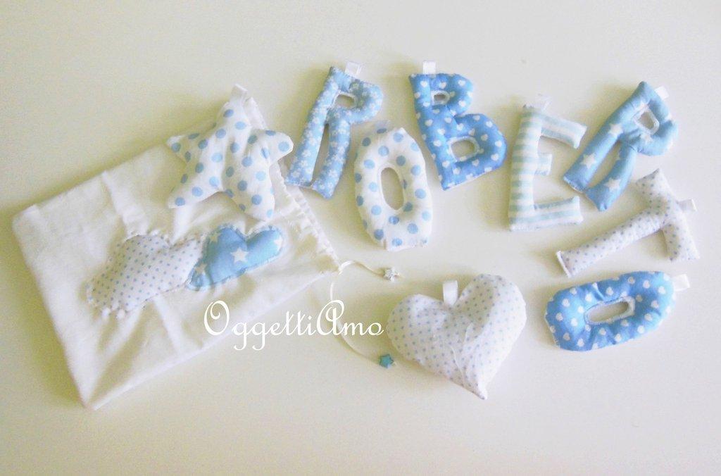 Roberto: ghirlanda di lettere di cotone imbottite come regalo per una mamma in occasione della nascita del suo piccolino!