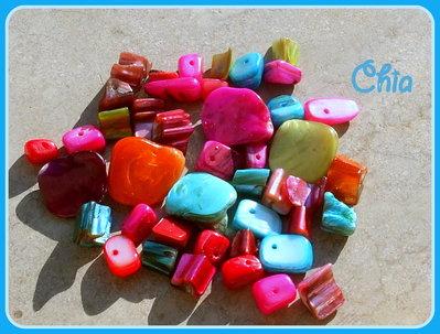 Lotto 40 pz perle madreperla di diverse forme e colori