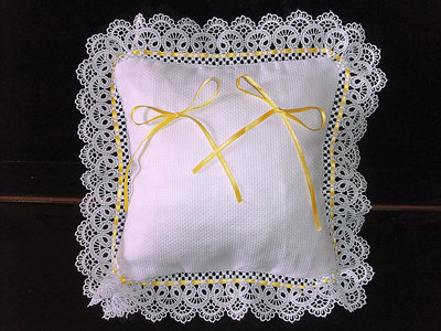Cuscino fedi cuscinetto portafedi pizzo merletto ricamabile da ricamare nozze