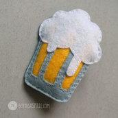 Birra bionda alla spilla