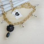 """collana lunga con cristalli e fiore in ecopelle nera """"Black Dahlia"""""""
