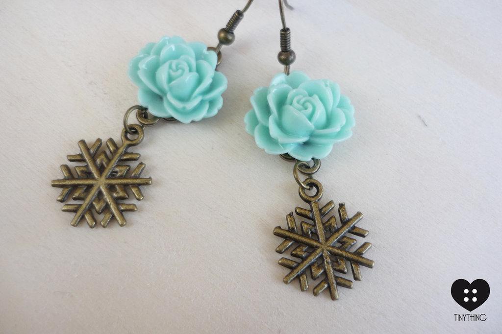orecchini con fiocchi di neve in bronzo e roselline vintage style