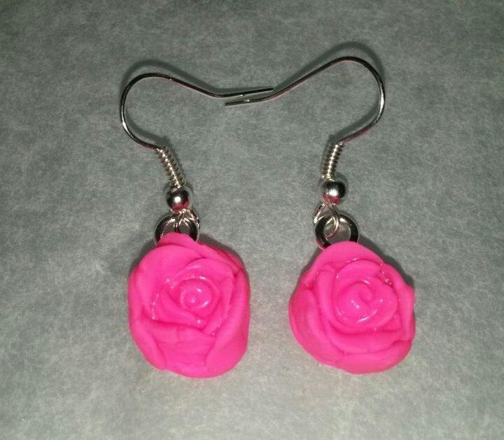 Orecchini color neon pink