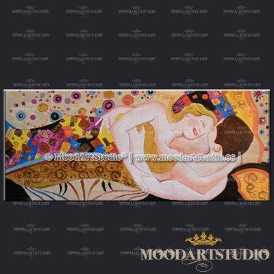 Amanti - Testiera da letto dipinta a mano