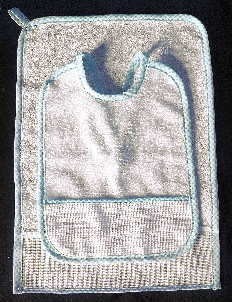 Set asilo 2 pezzi da ricamare punto croce tela aida bavaglino asciugamani salvietta