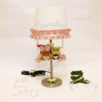 Lampada per la cameretta della vostra romantica bambina: tra gale, gufi e fiorellini i suoi sogni saranno da fiaba!