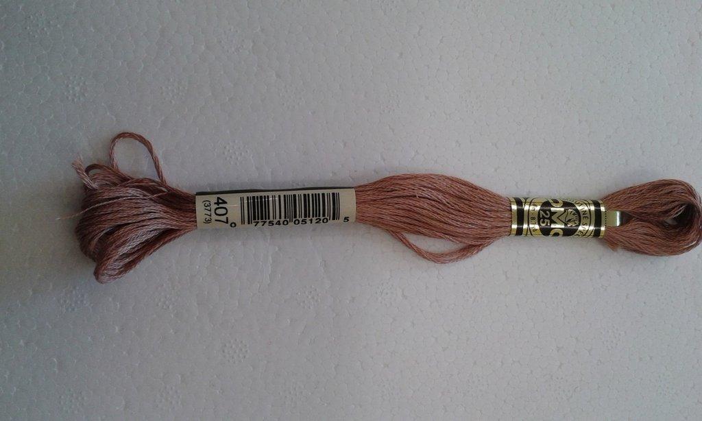 MATASSINE MOULINÈ DMC N.407 (3773)