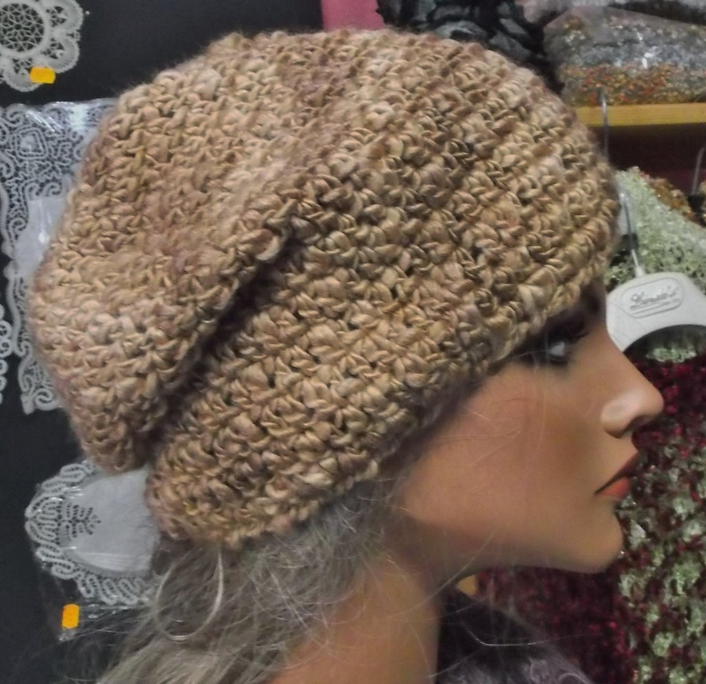 cappello dona in lana