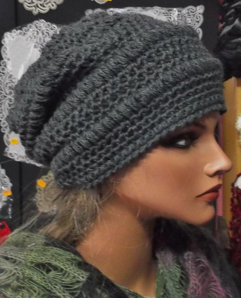 cappello donna in lana - Donna - Abbigliamento - di Lilia ...