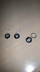 orecchini +anello con lettere
