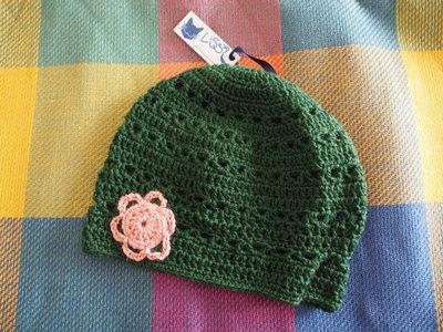 Cappuccio Verde con Fiore Rosa