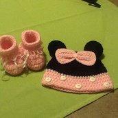 cappellino bebè e scarpette Minnie