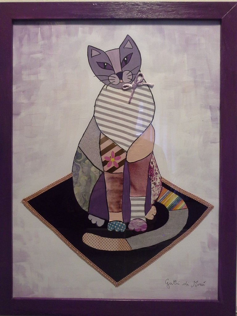 Quadro con gatto in posa su tappeto