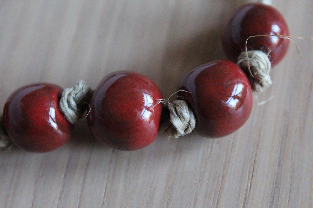 girocollo 7 perle in ceramica raku rossa