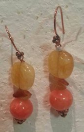 Orecchini pendenti con pietre giallo/arancio