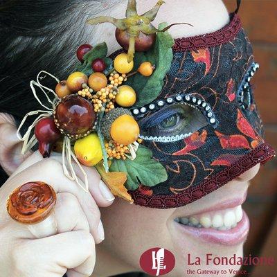 Settembrina - Maschera Veneziana con inserti in vetro di Murano