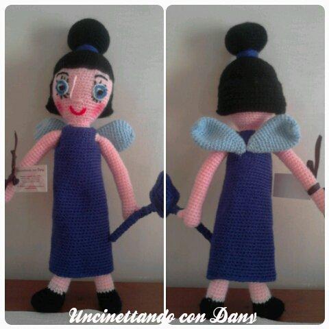 Tata Susina,bambola all'uncinetto con tecnica amigurumi