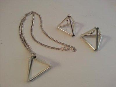Parure argentata Piramide