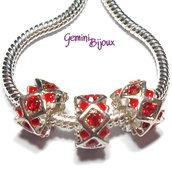 Perla a foro largo in alluminio con strass, 11x 6, silver-red