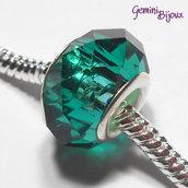 Perla a foro largo in vetro, rondella sfaccettata, 13x8 verde smeraldo