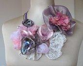 Bellissima collana con fiori fatti a mano - Stunning flowers bib necklace