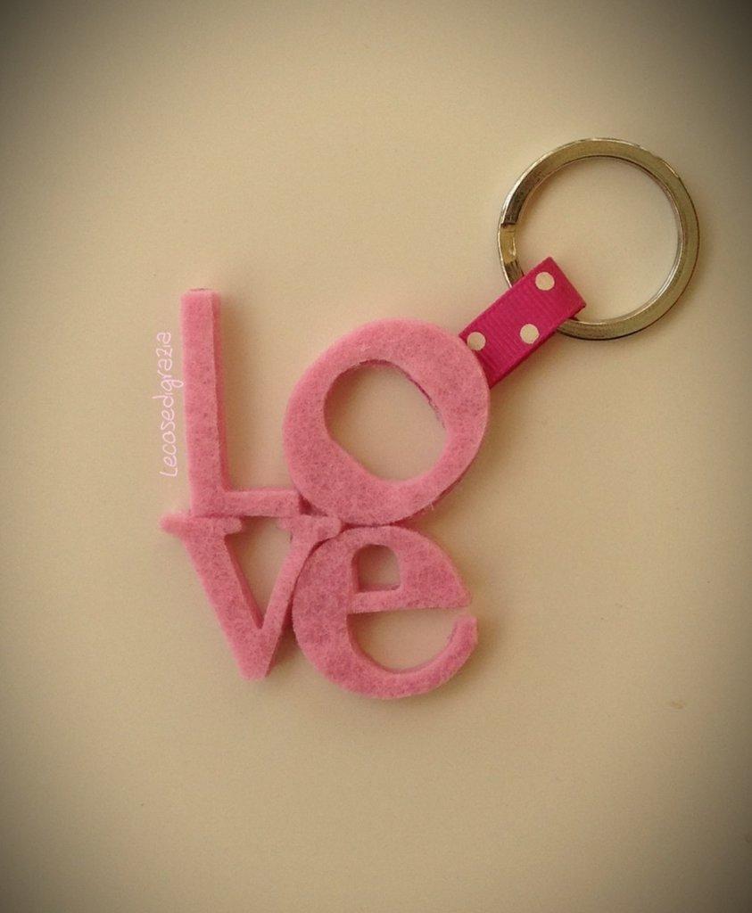 Portachiavi o ciondolo Love