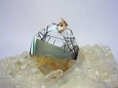 Ciondolo in quarzo rutilato, quarzo tormalinato e pirite con gancio in argento 925