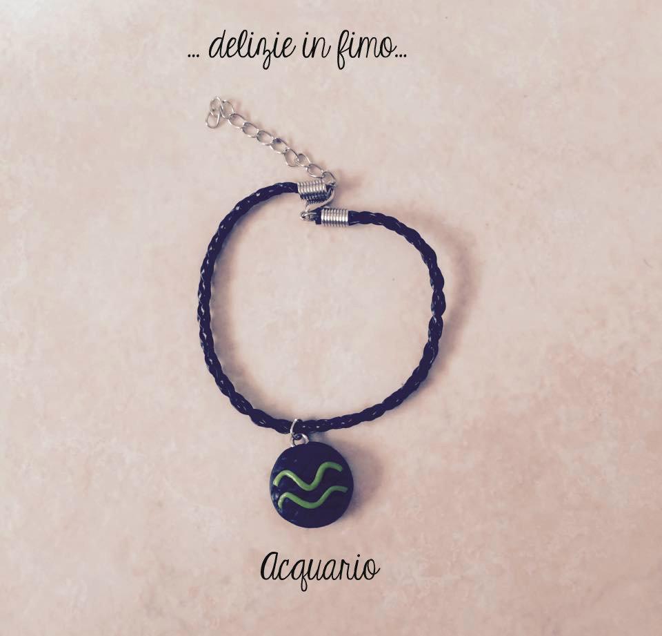 Bracciale in cordino con segno zodiacale Acquario in fimo  Lanyard bracelet with zodiac sign Aquarius polymer clay