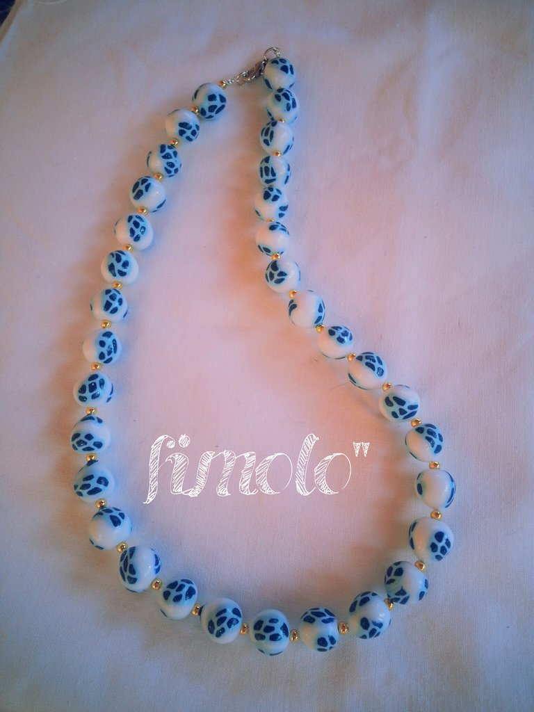 collana perle di fimo bianco turchese
