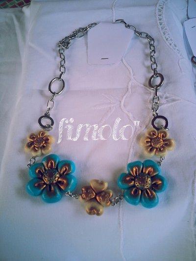 collana catena con fiori turchesi e avorio in fimo