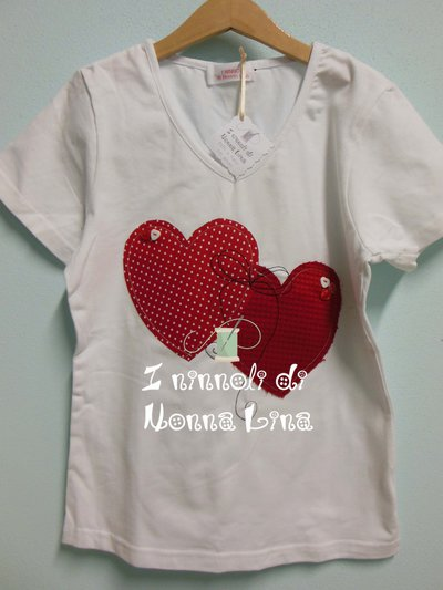 T-shirt donna taglia M scollo a v maniche corte con disegno in applique