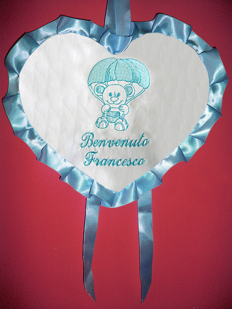 Fiocco nascita ricamato fuori porta cuore orsetto azzurro rosa benvenuto nome bimbo