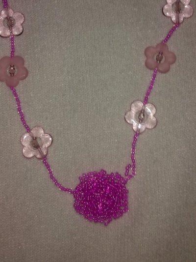 collana piccoli fiori rosa