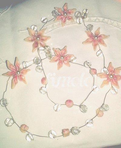 coroncina con fiori sposa e spillon i con fiori sposa in fimo
