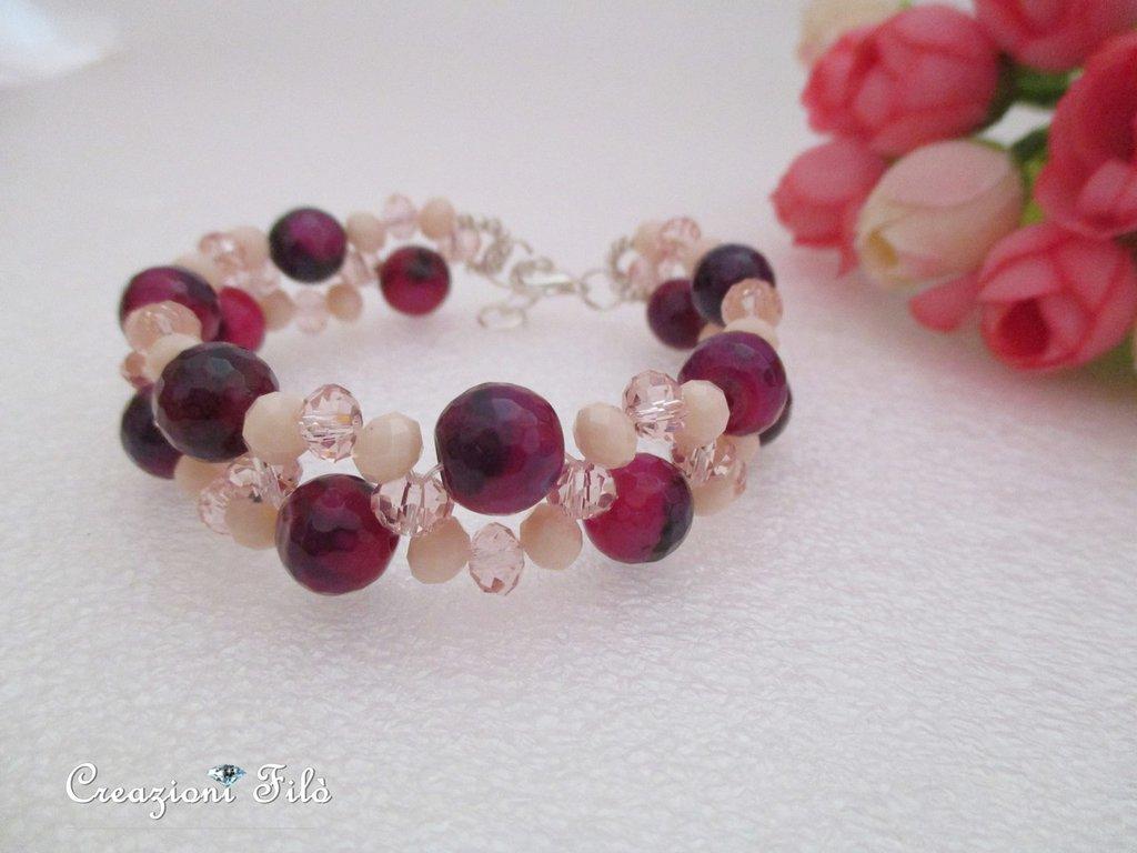 Bracciale con cristalli e pietre rosa