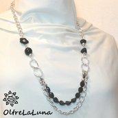 Collana con resine nere e catena argentata