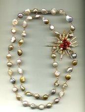 Collana lunga in perle di fiume rose' con spilla per raddoppio