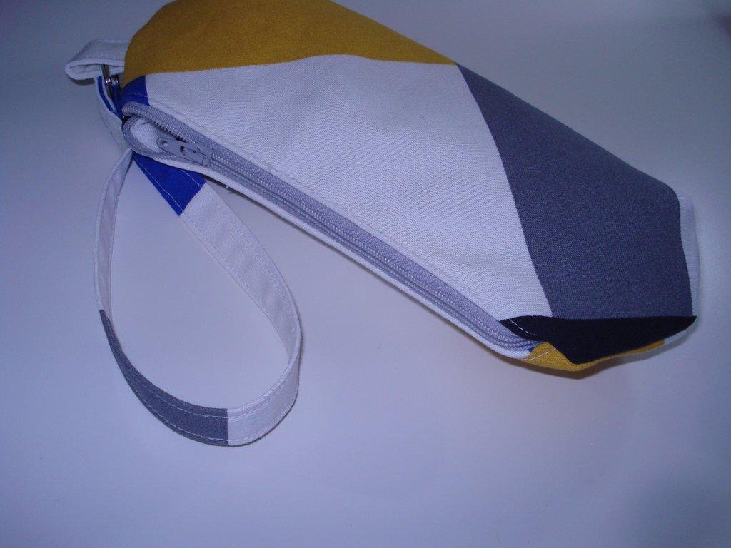 Clutch Martita Catita Geometrica - 40%