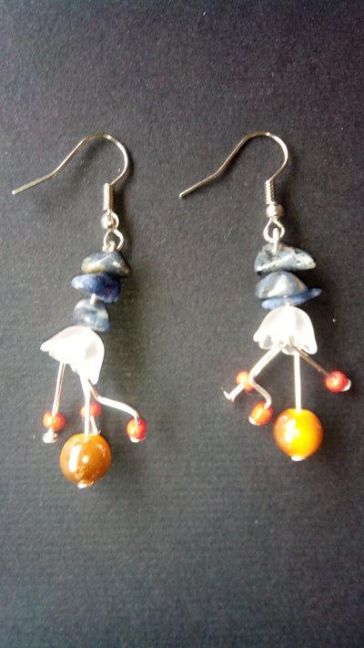 Orecchini Pendenti ciondolo a forma Fiore con Pietre Azzurre e Perle da donna lotto stock bigiotteria fatti a mano