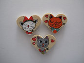 Set tre magneti in legno a cuore dipinti a mano con gatti pazzi 5