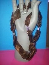 Collana in organza lucida modello Giada.