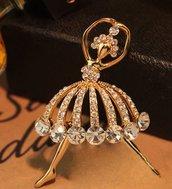 Spilla Ballerina elegante per lei idea regalo