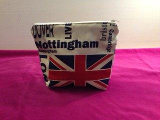 Portaoggetti portatrucco tessuto stampa città inglesi