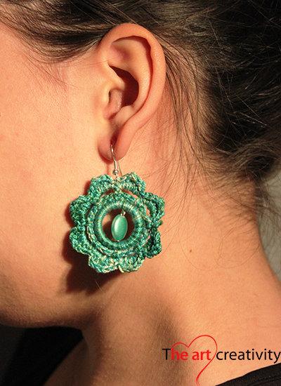 Orecchini fiori verdi gioielli orecchini di the for Fiori verdi