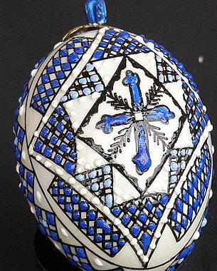 Uova vere dipinte a mano