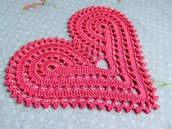 Cuore rosa di San Valentino all'uncinetto