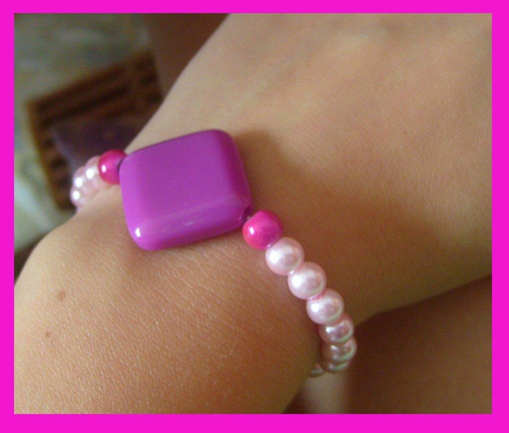 Bracciale in perle rosa e fucsia