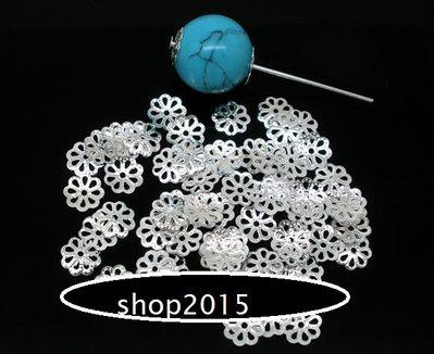 25 Distanziatori,  coppette copriperla a  fiore  argentato 7 mm