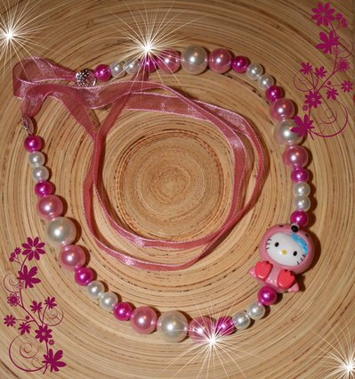 Collana Hello Kitty fenicottero