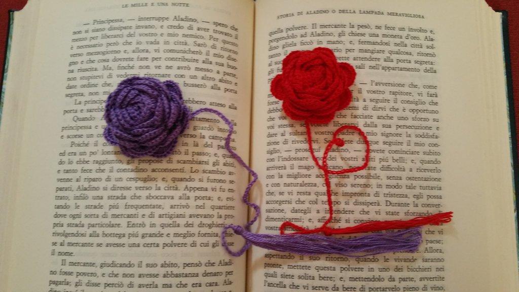 Segnalibro rosa rossa
